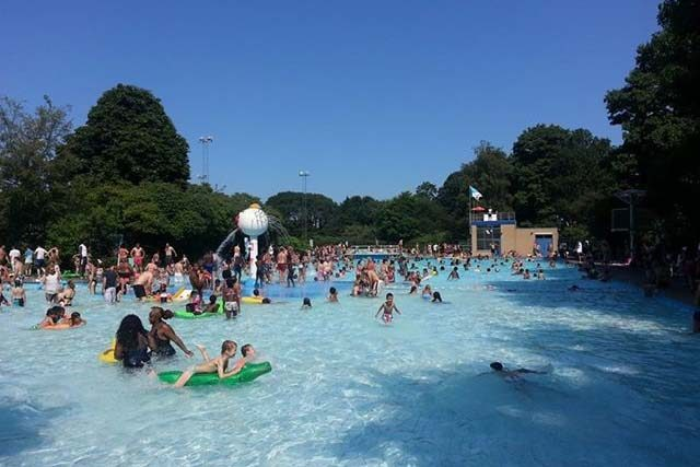 Vrienden flevoparkbad willen geen overdekt zwembad oost online